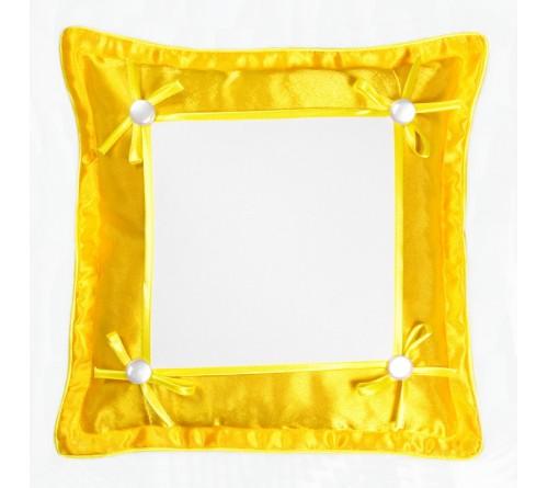 Подушка квадратная Омелия 39*39 желтая 22*22